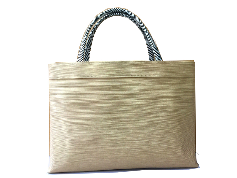 Kimono Bag, Silk 100% , MADE IN KYOTO, Japan , Creamy Yellow