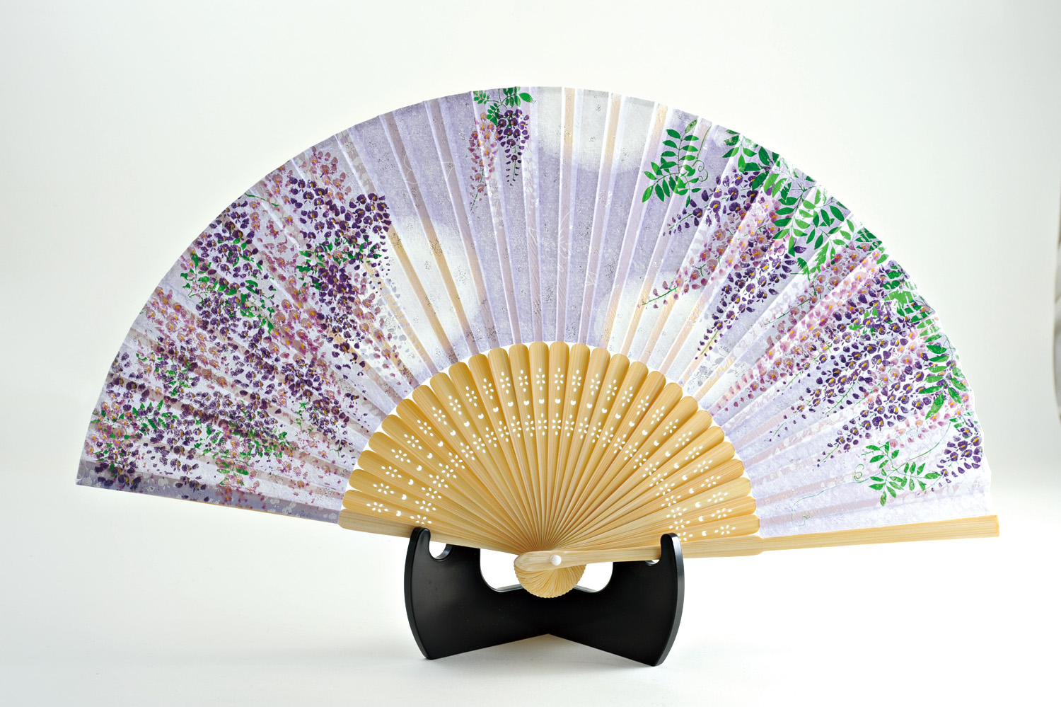 silk fan |Floral pattern, Wisteria